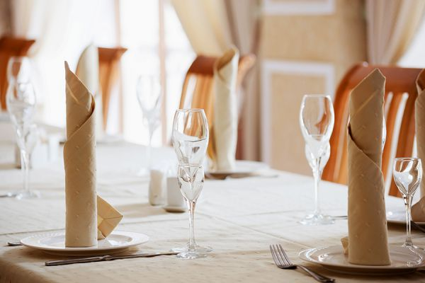 banqueting-hall-272D0432F-3987-0A9F-4DBE-8859E26A40AD.jpg