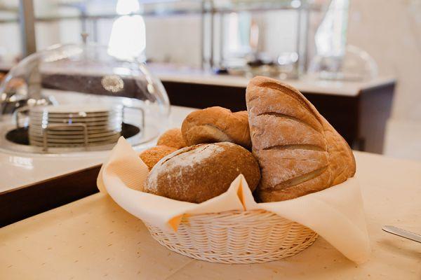 buffet-breakfast-113F1D0C44-1A7B-56C4-3250-4230D946CB4B.jpg