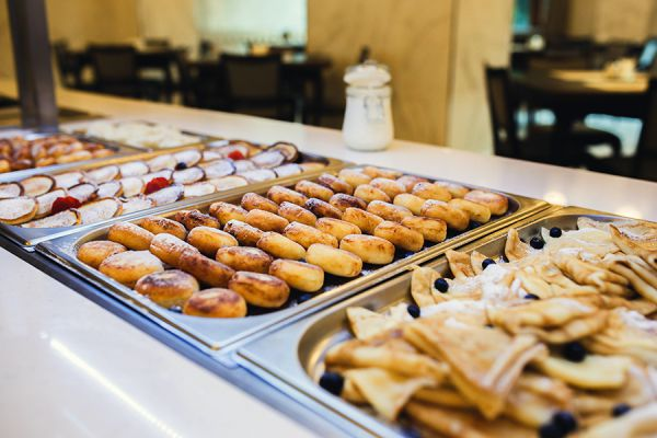 buffet-breakfast-151CE6931-DB04-D374-49AE-8D63CBB3FFE5.jpg