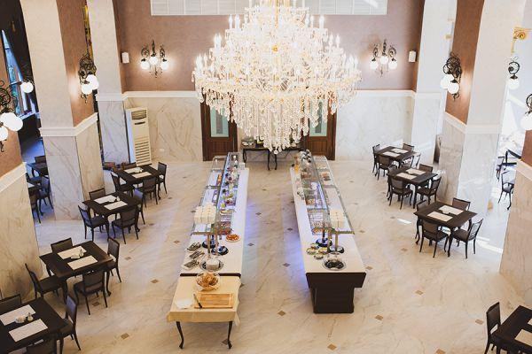 restaurant-14F1ACA70-E469-3307-A21D-A4988E53D2D4.jpg