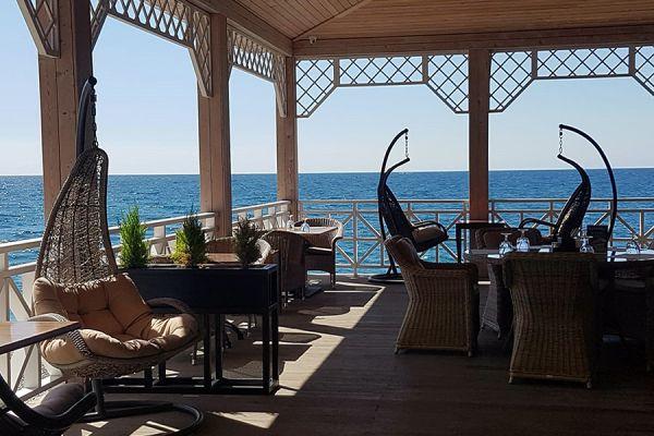restaurant-pirs-4EC9BA3F5-8209-6985-56C1-36AD09A5C359.jpeg